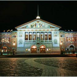 8028-Aarhus-teater-by-night